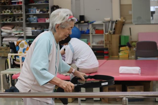 理学療法士による個別機能訓練  生活リハビリ相良デイサービスセンター